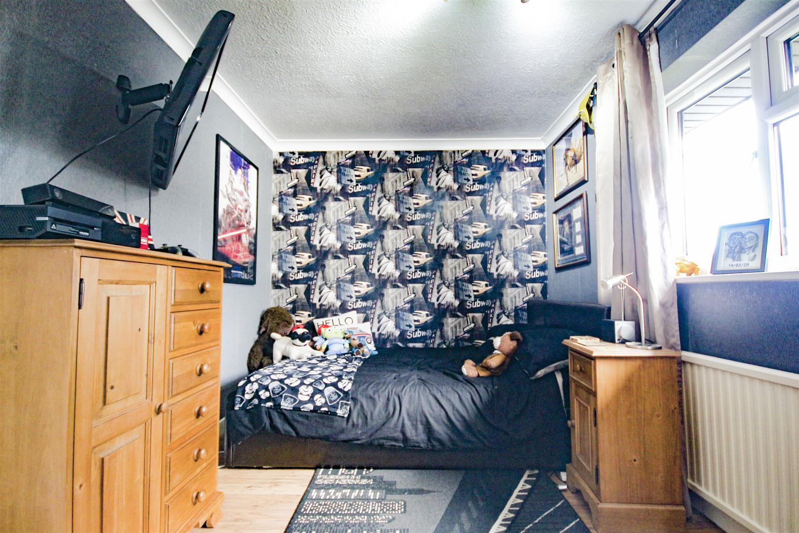 4 Bedroom Detached House For Sale - _._10.jpg